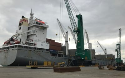 Mv Parandowski loading liner cargo in Antwerp for Far East destinations